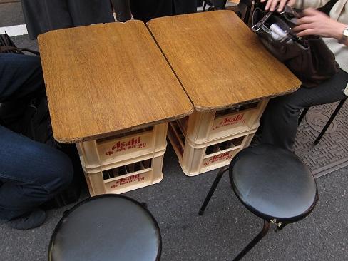 仮設テーブル